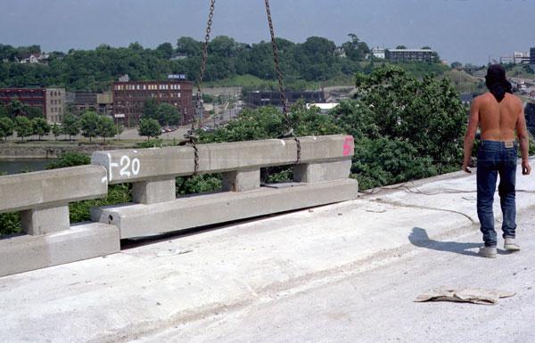 Bridge Parapet Sawing For Removal Concut